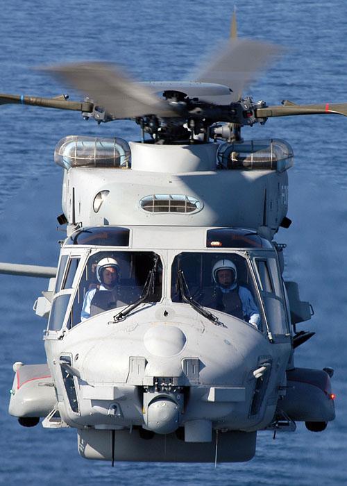 [Aéronavale divers] Hélico NH90 - Page 2 07hyr011