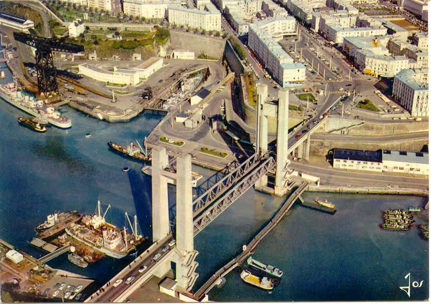 [Ports] LE VIEUX BREST - Page 4 Brest112