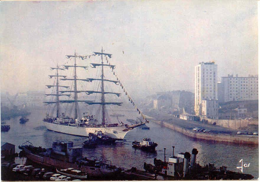 [Ports] LE VIEUX BREST - Page 4 Brest313