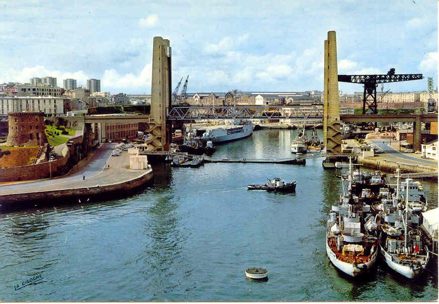 [Ports] LE VIEUX BREST - Page 4 Brest314