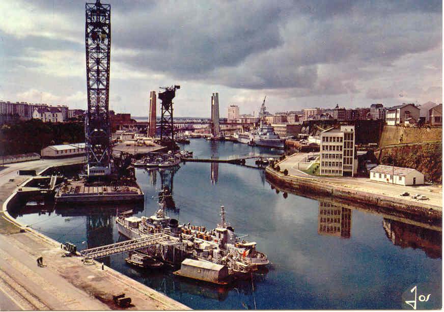 [Ports] LE VIEUX BREST - Page 3 Brest413