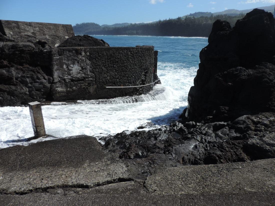 [Vie des ports] Les ports de la Réunion - Page 5 Dscn0751