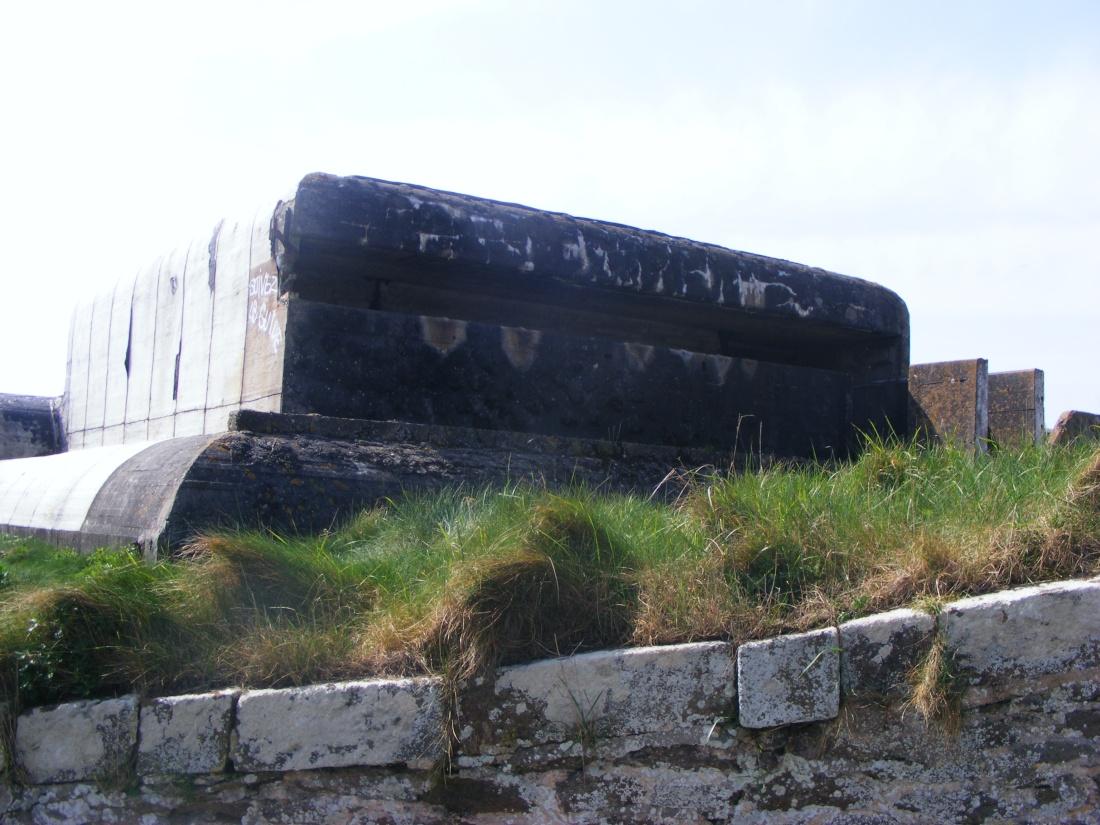 [ Histoires et histoire ] Fortifications et ouvrages du mur de l'Atlantique - Page 9 Plouza30