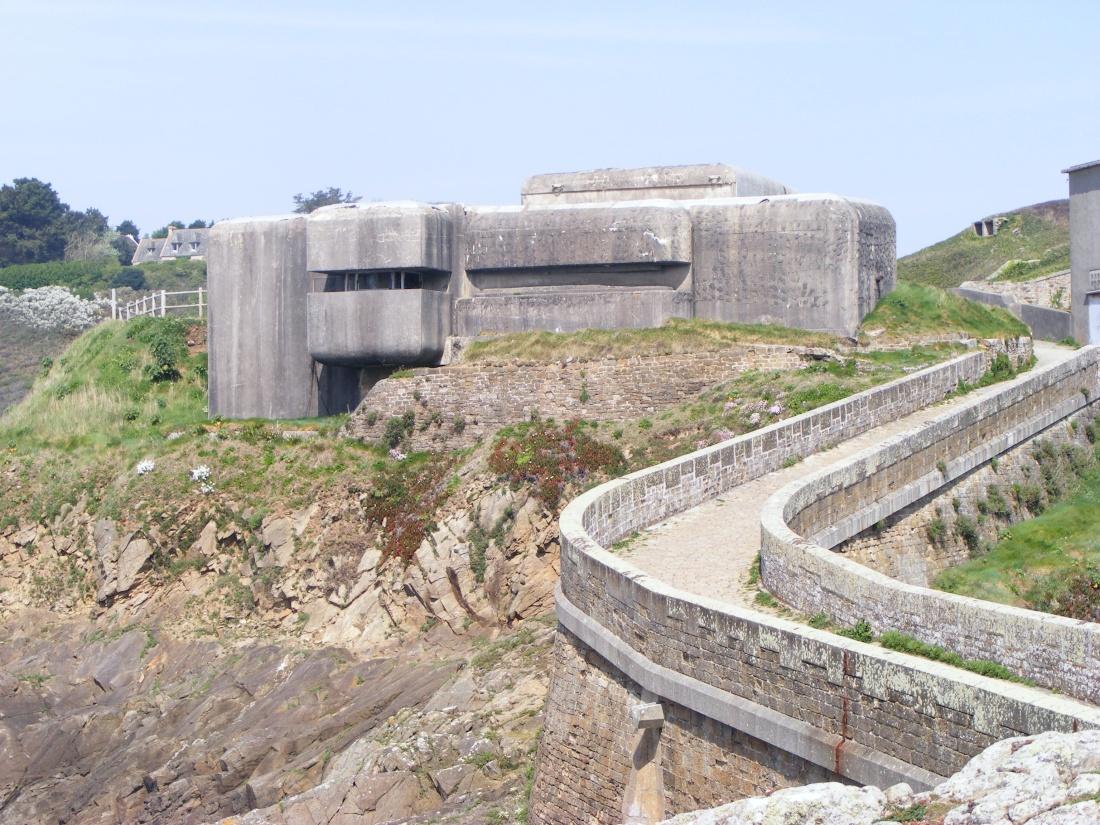 [ Histoires et histoire ] Fortifications et ouvrages du mur de l'Atlantique - Page 9 Plouza32