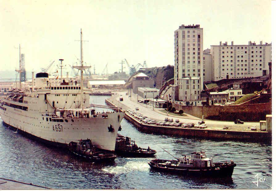 [Ports] LE VIEUX BREST - Page 3 Brest411