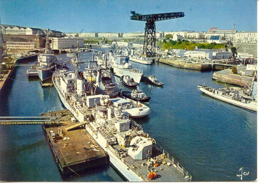 [Ports] LE VIEUX BREST - Page 3 Brest412
