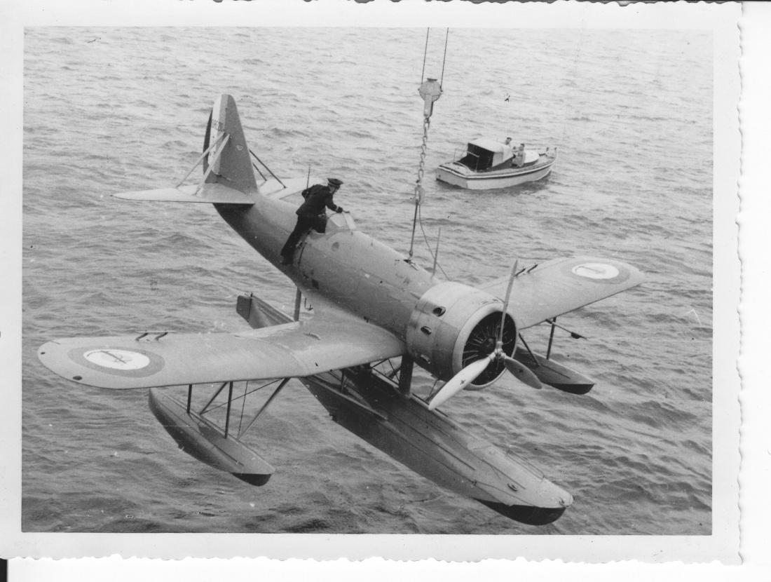 [Les anciens avions de l'aéro] HYDRAVION LATECOERE 298 Img_1056
