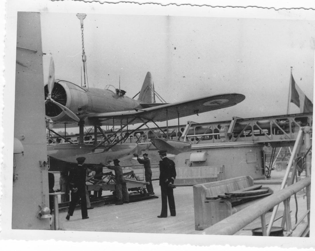 [Les anciens avions de l'aéro] HYDRAVION LATECOERE 298 Img_1058