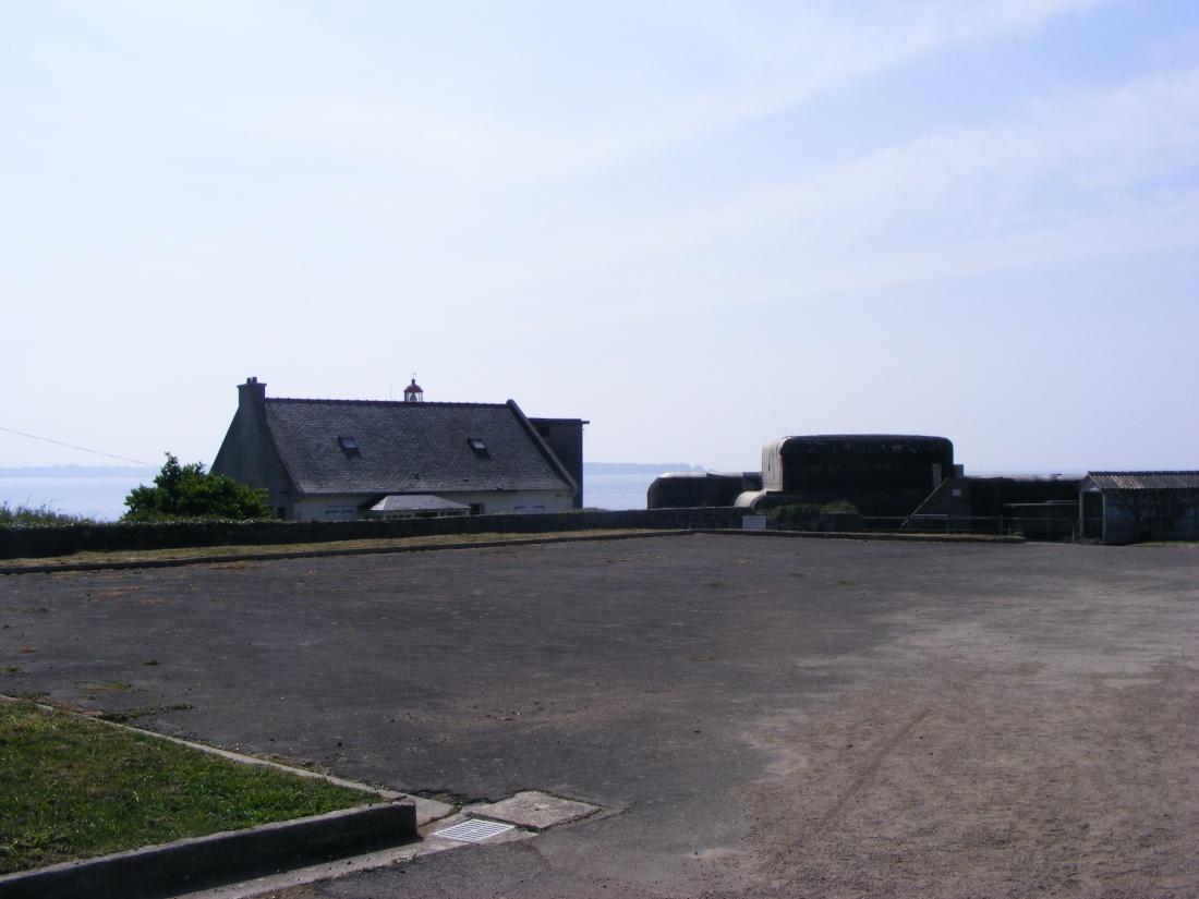 [ Histoires et histoire ] Fortifications et ouvrages du mur de l'Atlantique - Page 9 Plouza28