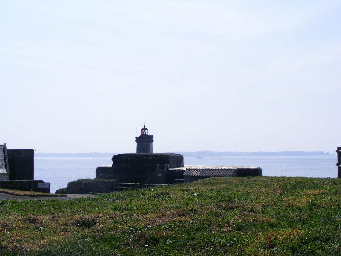 [ Histoires et histoire ] Fortifications et ouvrages du mur de l'Atlantique - Page 9 Plouza29